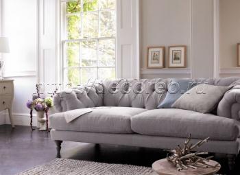 Стеганый диван