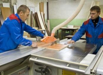 Помощник мастера мебельного цеха (Стажер)