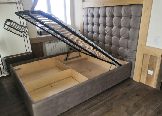 Кровать Assizi из ЛакФанеры